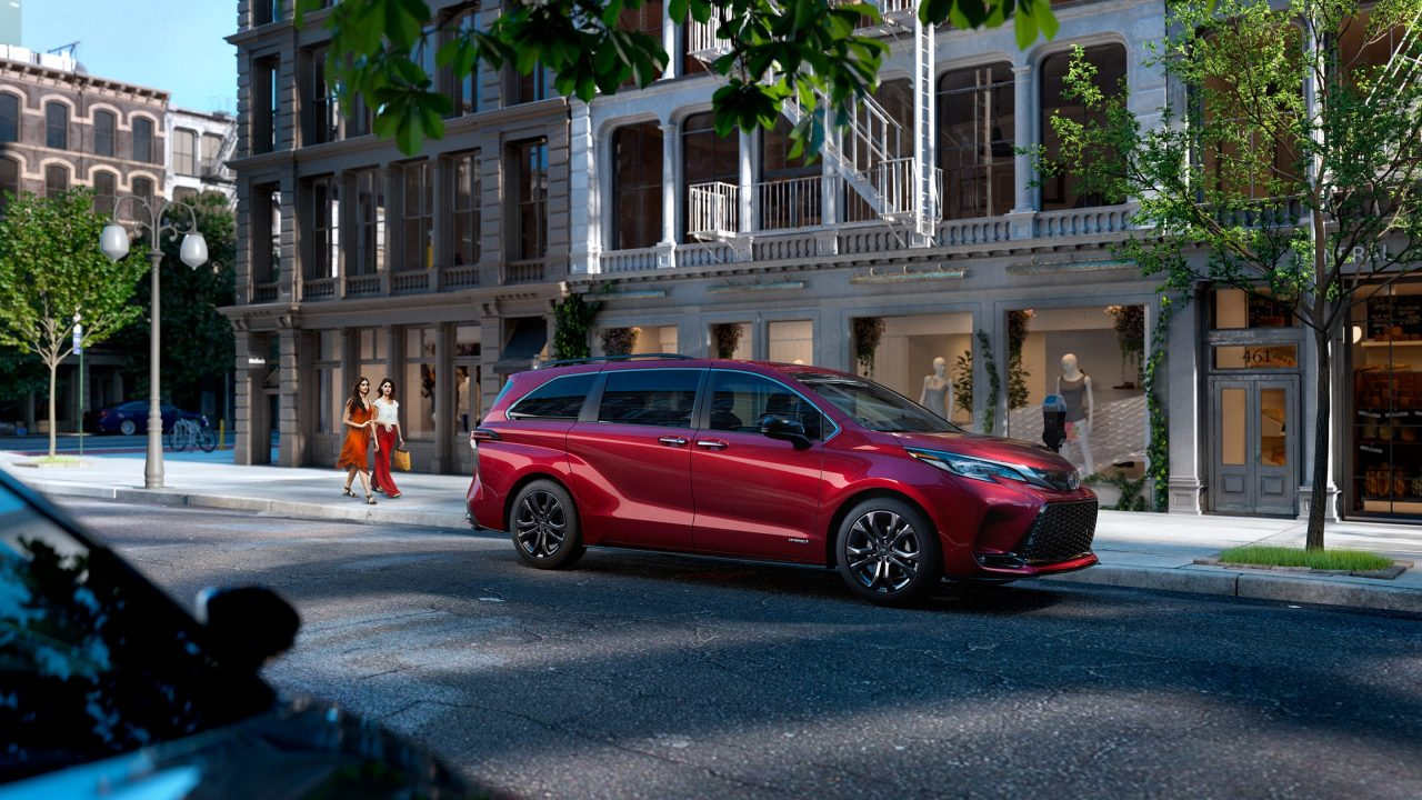 2021 Toyota Sienna – Review, Pricing, Specs, Ranking